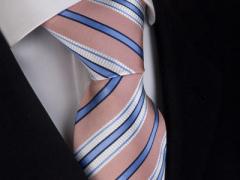 Handvernähte Krawatte aus Seide rosa und weiss blau gestreift