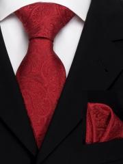 Exklusives seven fold Krawatten Set mit Einstecktuch aus Seide in rotem Paisley