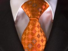 Handvernähte Krawatte aus Seide in orange